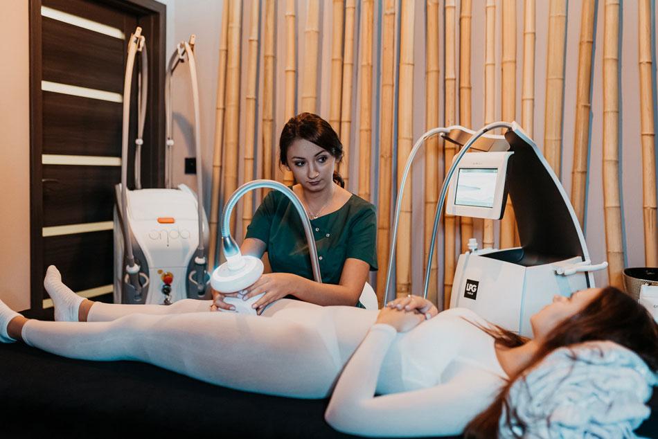 Endermologia LPG wykonywana w salonie kosmetologicznym